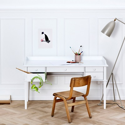 OLIVER FURNITURE KIDS JUNIOR OFFICE DESK in White