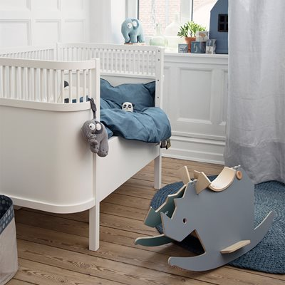 SEBRA EXPANDING COTBED to JUNIOR BED in White