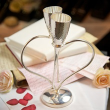 Silver-Plated-Heart-Shaped-Champagne-Flutes.jpg