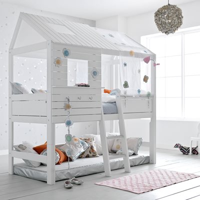 SILVERSPARKLE CHILDREN'S TREEHOUSE HIGH HUT BED