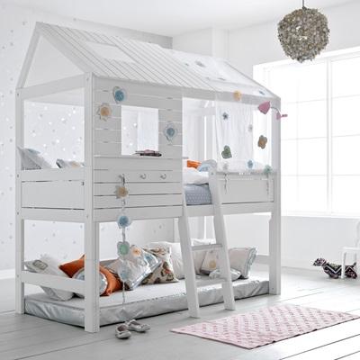 SILVERSPARKLE CHILDREN'S TREEHOUSE HIGH HUT BED