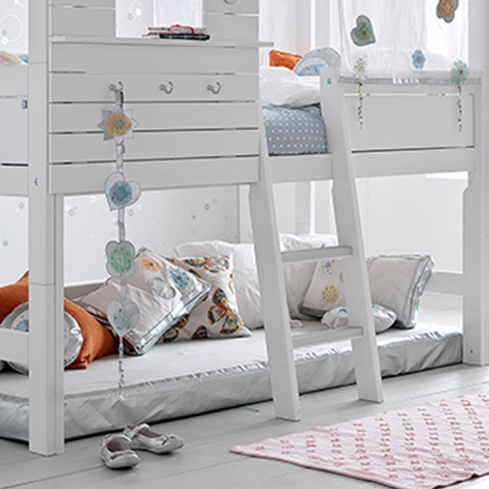 Silversparkle children 39 s treehouse high hut bed lifetime for How to make a high bed
