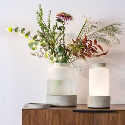 Zuiver Reina Concrete Vase Including Rechargeable Lamp