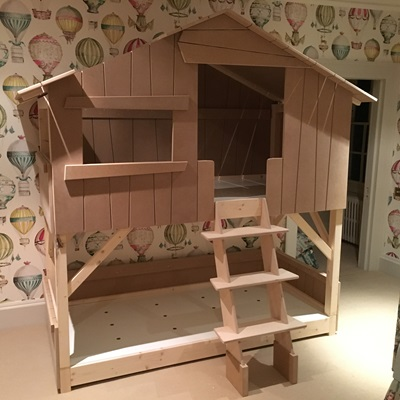 Kids Treehouse Bunk Bed in Natural Pine & MDF | Cuckooland