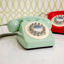 Swedish-Green-Retro-Telephone.jpg
