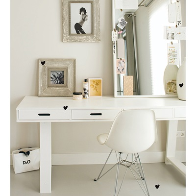 Contemporary Writing Desk with 4 Drawers in White by Woood
