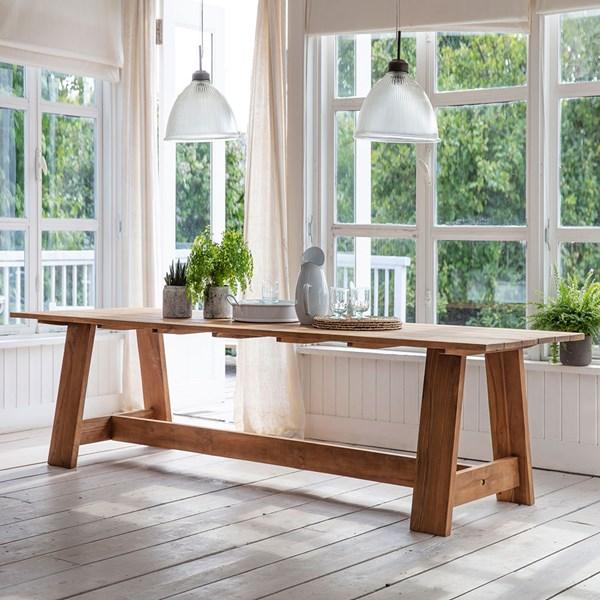 Garden Trading Contemporary Wooden Dining Table