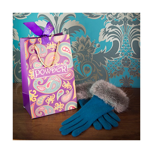 Teal-Blue-Gloves-Gifts-Winter-Fashion.jpg
