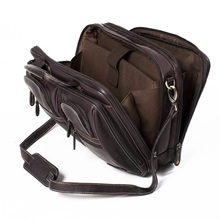 The-traveller-overnighter-laptop-briefcase-Woodland-Leather-Brown-4.jpg