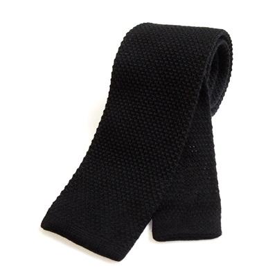 KNITTED WOOL TIE in Black
