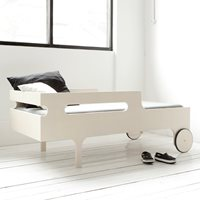 R DESIGNER TODDLER BED in Whitewash Finish