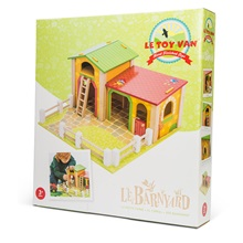 Toy-Barnyard-Play-Set.jpg