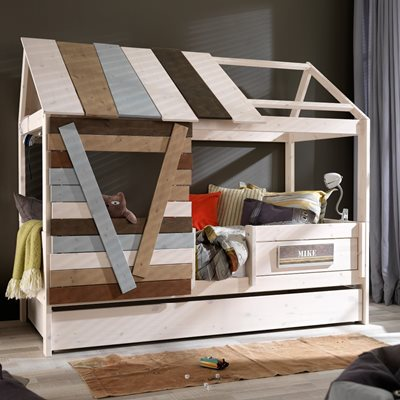 LOW TREEHOUSE KIDS CABIN BED