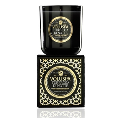 VOLUSPA CANDLE in Tuberosa Di Notte (Maison Noir-12oz Boxed)