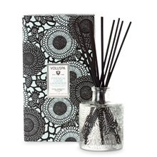 VOLUSPA-Japonica-Reed-Diffuser-French-Cade-and-Lavender_1.jpg
