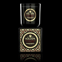 VOLUSPA-Maison-Noir-Boxed-Candle-in-Black-Figue-and-Chypre_2.jpg
