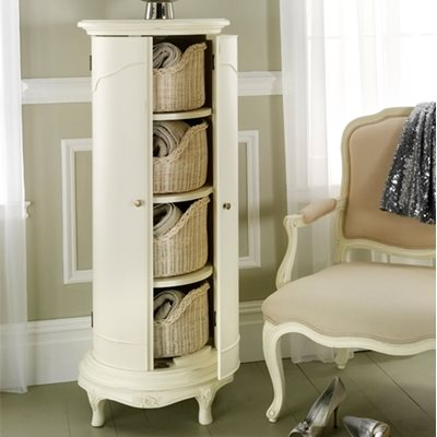 WILLIS & GAMBIER IVORY VINTAGE STYLE STORAGE CABINET
