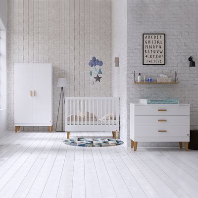 Vox Lounge Cot 3 Piece Nursery Set in White & Oak