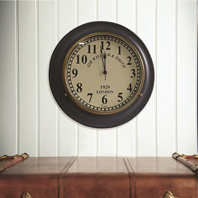 WALL CLOCK in Vintage Design