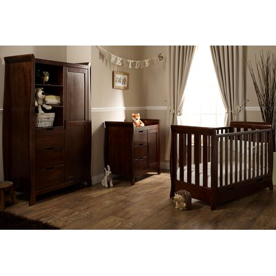LINCOLN MINI NURSERY ROOM SET in Walnut