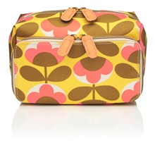 Wash-Bags-Travel-Orla-Kiely-Cosmetics.jpg