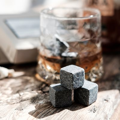 MEN'S SOCIETY WHISKEY STONES Set of 6