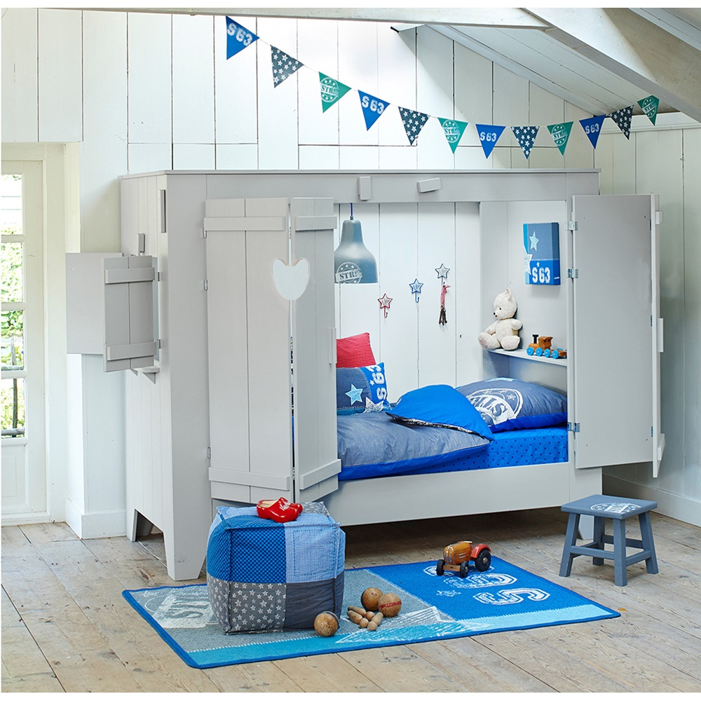 Kids cupboard style cabin bed folding doors cuckooland - Tete de lit porte ...
