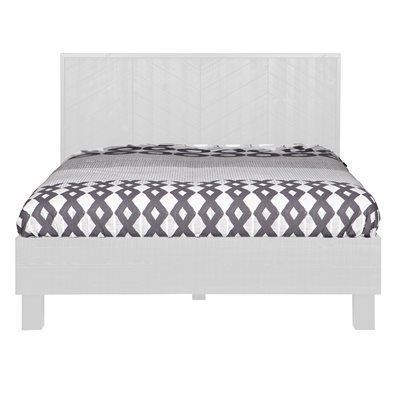 HERRINGBONE WOODEN KINGSIZE BED in White