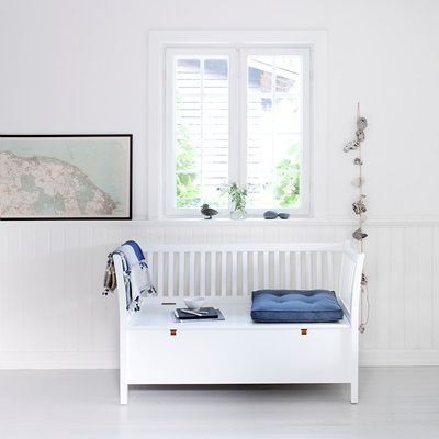 SMALL BENCH in Seaside White