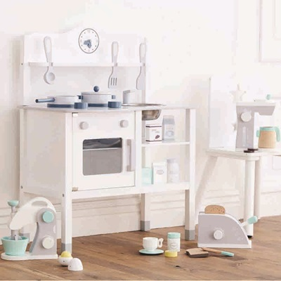 Wood Play Kitchen White 100  Kids Kitchen Furniture   Remodelaholic Beautiful Kids