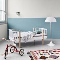 LUXURY WOOD TODDLER BED in Oak & White