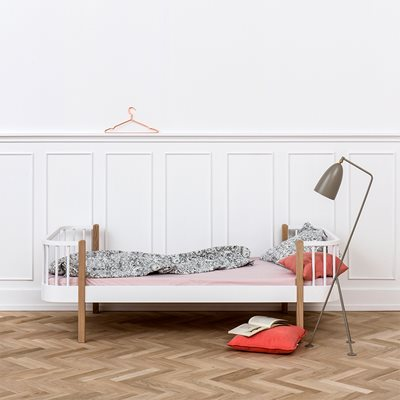 CONTEMPORARY WOOD SINGLE BED in Oak & White