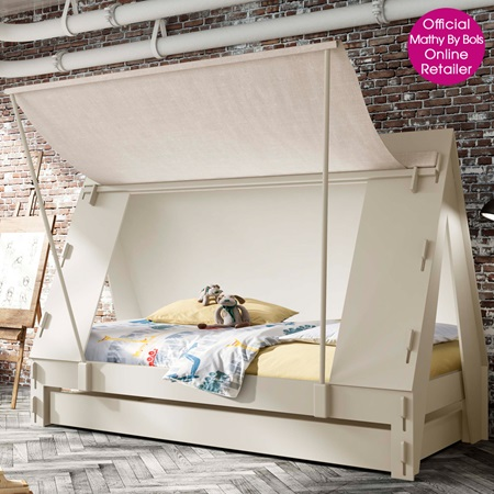 Kids cabin bed in white luxury kids beds cuckooland for Cabin beds for small rooms