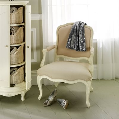 WILLIS & GAMBIER IVORY UPHOLSTERED BEDROOM ARMCHAIR