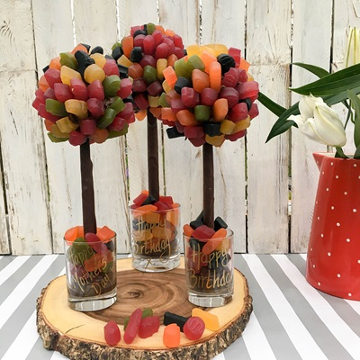 PERSONALISED WINE GUM CHOCOLATE SWEET TREE