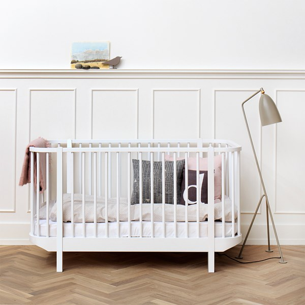 Baby and Toddler Luxury Wood Cot Bed in White