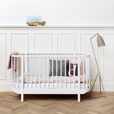OLIVER FURNITURE BABY & TODDLER LUXURY WOOD COT BED in White