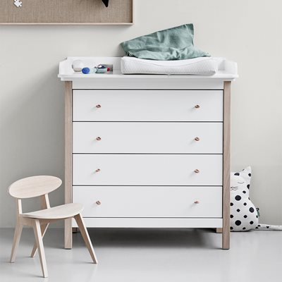 OLIVER FURNITURE WOOD NURSERY DRESSER in White