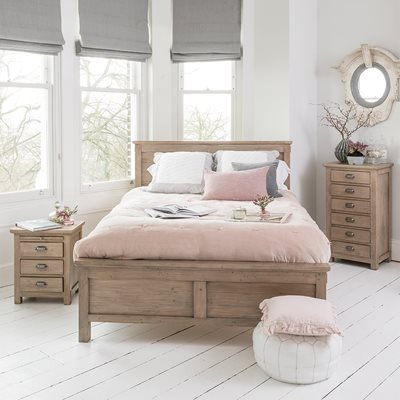 WILLIS & GAMBIER WEST COAST RUSTIC WOODEN BED FRAME