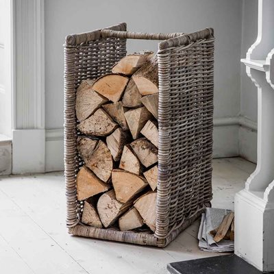 GARDEN TRADING BEMBRIDGE LOG HOLDER in Rattan
