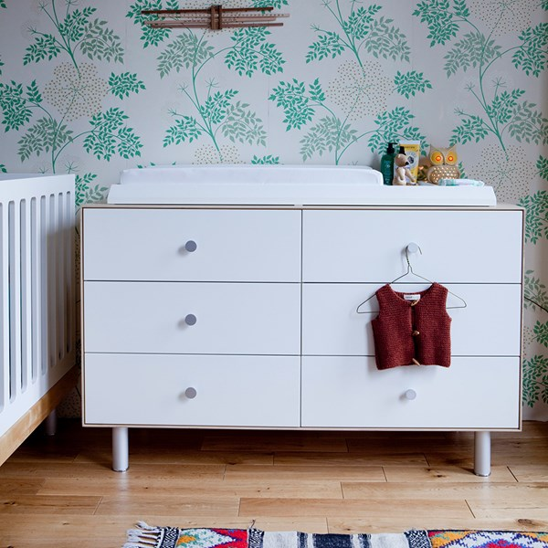 Oeuf 6 Drawer Dresser in White