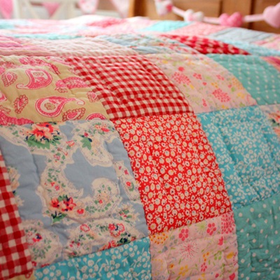 COT BED QUILT in Matilda Patchwork Design