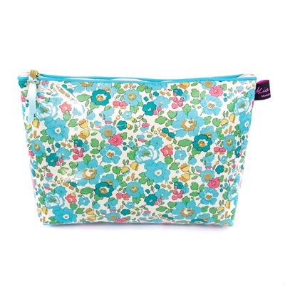 BETSY LIBERTY WASH BAG
