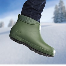 green-lifestyle-nordic-grip-wets-wellies.jpg