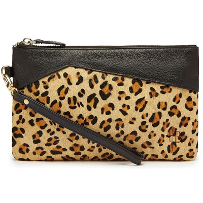 PHONE CHARGING MIGHTY PURSE in Leopard & Leather
