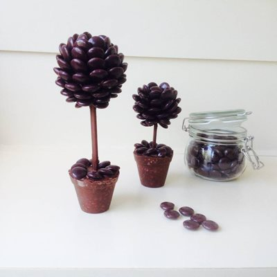 PERSONALISED CHOCOLATE MINSTREL SWEET TREE