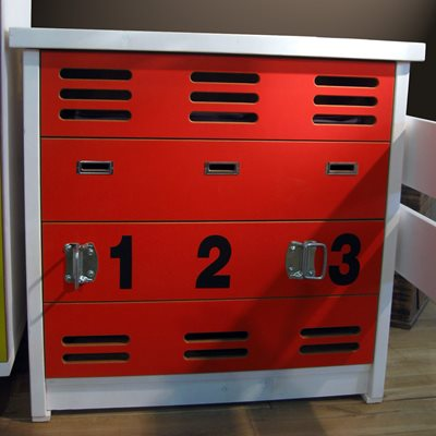 KIDS BEDROOM CHEST OF DRAWERS in New Worker Design