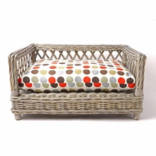 raised-rattan-dog-bed-great-spot-01.jpg