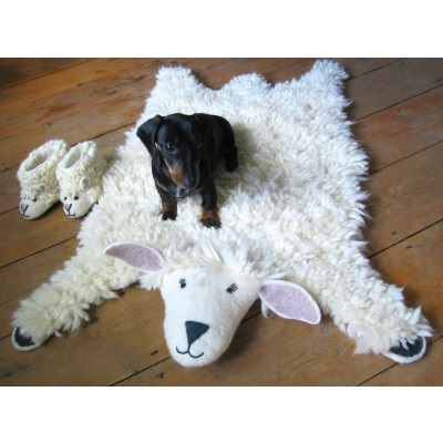 ANIMAL RUG in Shirley Sheep Design