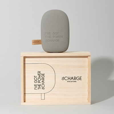 toCHARGE POWERBANK in Dark Grey